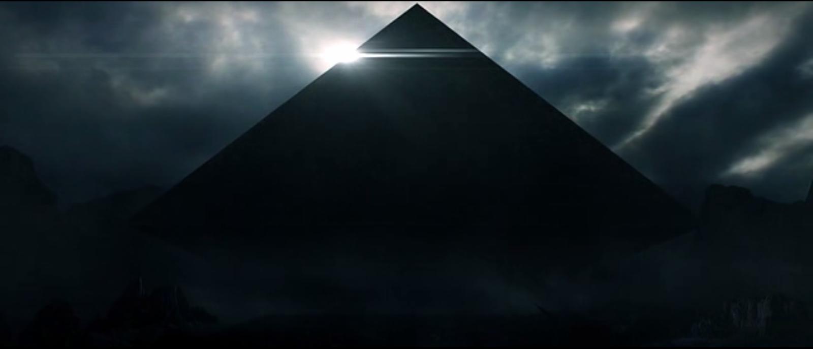 моде картинка черная пирамида на телефон слову, мед добытый